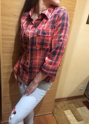 Красная рубашка look