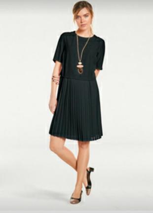 Платье плиссе итальянского бренда