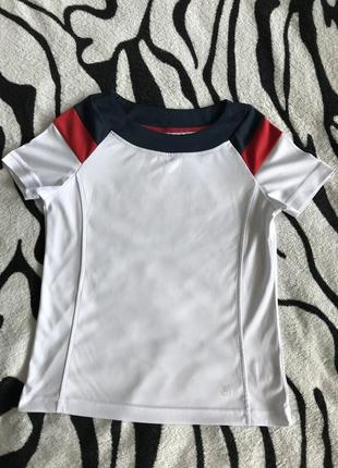 Оригинальная спортивная футболка fila