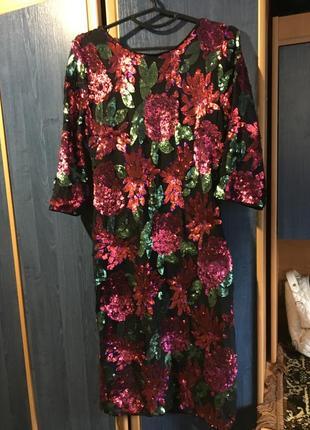Шикарное платье из паеток 48 размер