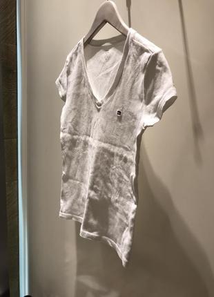 Белая классическая футболка томми
