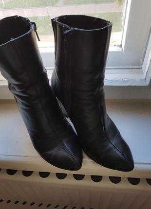 Деми ботинки 35 размера