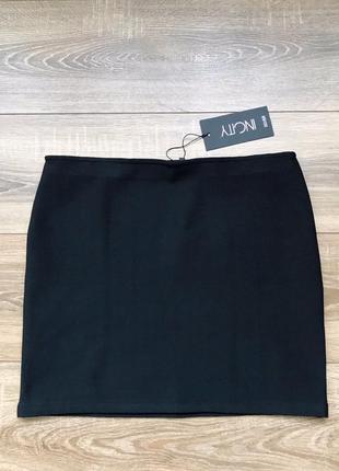 Базовая чёрная юбка от incity.