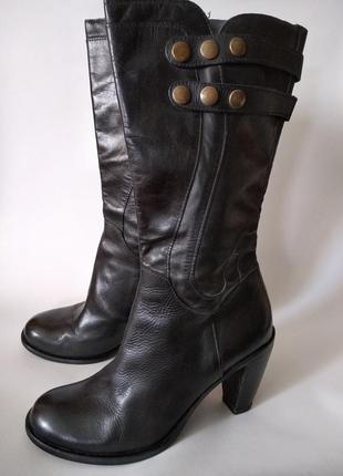 Женские кожаные сапоги на каблуке, размер 40, италия, в хорошем состоянии