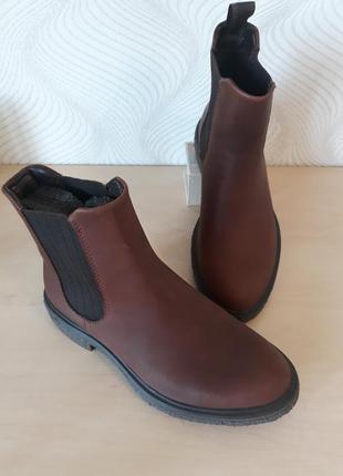 Ботинки кожаные челси ecco.