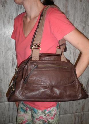 Удобная вместительная сумка мягкая кожа ecco качество!