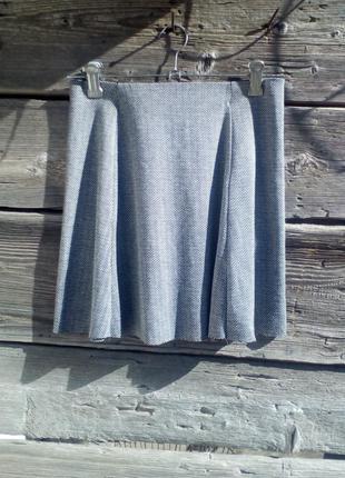 Короткая юбка на талию