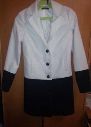 Оригинальное пальто kira plastinina