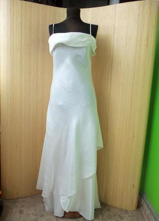 Французское платье с пайетками по подолу  s-m