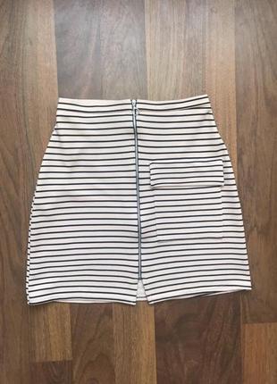 Юбка полосатая юбка полосата с замком