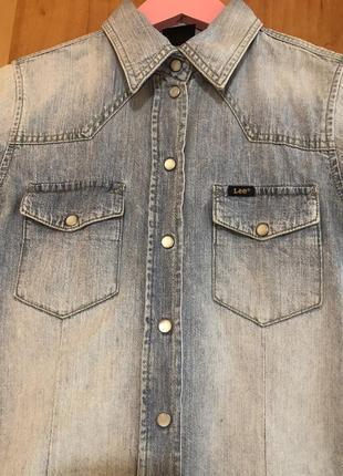 Крутая джинсовая рубашка lee