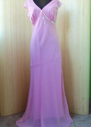 Нежное розовое вечернее длинное нарядное платье под грудь расшитое пайетками