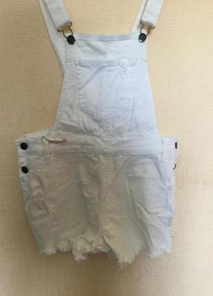 Новый белый джинсовый комбинезон gloria jeans