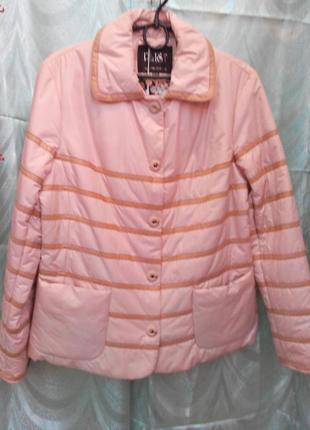 Куртка-пиджак беж.цвета 46/48