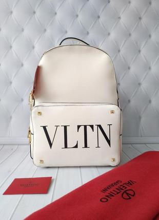 Стильный рюкзак в стиле valentino caravani!