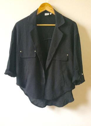 Чёрный лёгкий пиджак блейзер накидка на кнопке с удлинённой шифоновой спинкой oversized