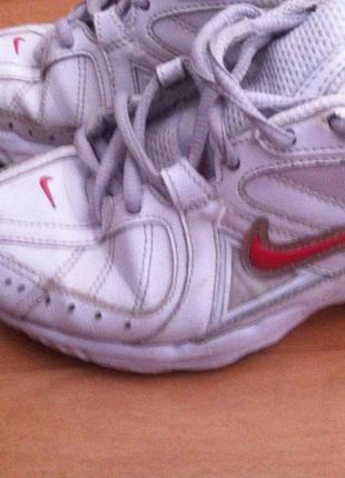 Nike кроссовки оригинал))