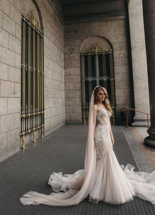 Продам свадебное платье rara avis модель teini и фата в подарок