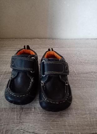 Clarks clarcsо осение кроссовки поло ботинки кросовки осіні красовки ботінки 11,51 фото