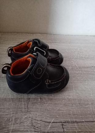 Clarks clarcsо осение кроссовки поло ботинки кросовки осіні красовки ботінки 11,52 фото