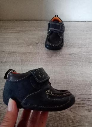 Clarks clarcsо осение кроссовки поло ботинки кросовки осіні красовки ботінки 11,56 фото