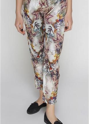 Легкие брюки джоггеры
