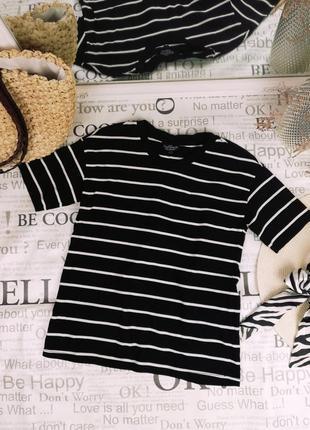 Брендовая стильная необычная футболка c открытой спинкой на завязке topshop