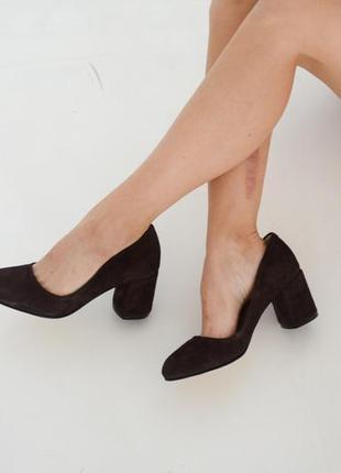 Замшевые туфли лодочки на каблуке натуральная замша кожа