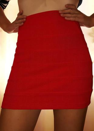 Мини юбка юбочка h&m красная