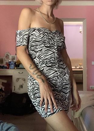 Тренд новое шикарное платье с принтом в зебру h&mс затяжками завязками