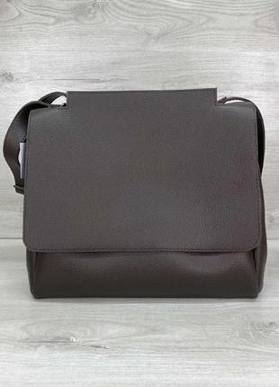 1590.    коричневая однотонная лаконичная сумка