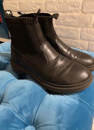 Деми ботинки zara p 36, стелька 22,31 фото