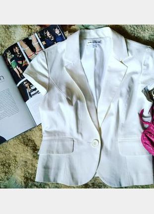 Элегантный белоснежный летний жакет, пиджак жилет новый c биркой express design studio