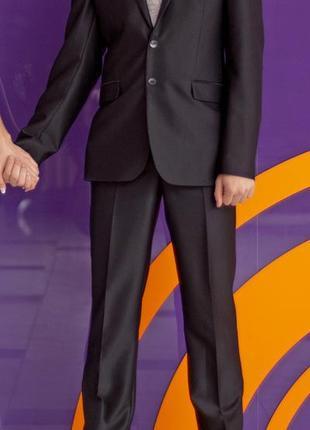 Костюм, рубашка, галстук на свадьбу, мероприятие, выпускной, дипломирование