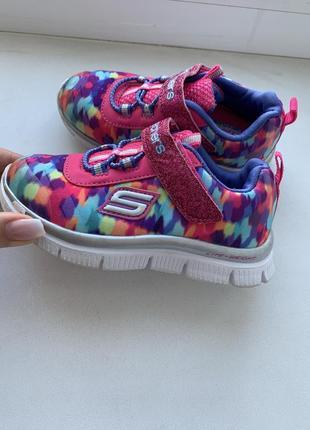Skechers яркие розовые кроссовки на девочку 24 размер