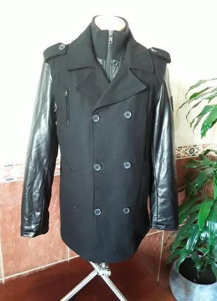 Шерстяное  полу пальто