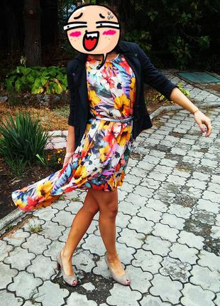 Шикарна асиметрична сукня atmosphere