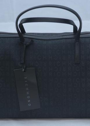 Стильная вместительная сумка john richmond
