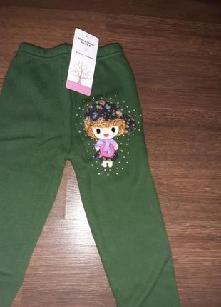 Леггинсы зеленые с апликацией девочка,утеплённые2 фото