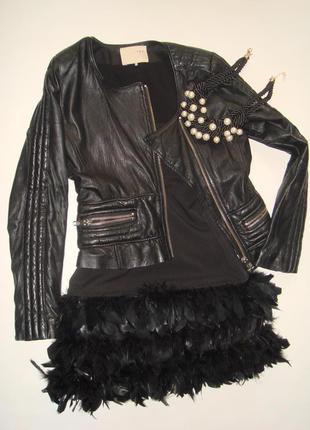 Черное платье с перьями zara(trafaluc)