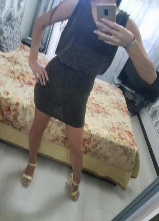 Платье с золотой нитью