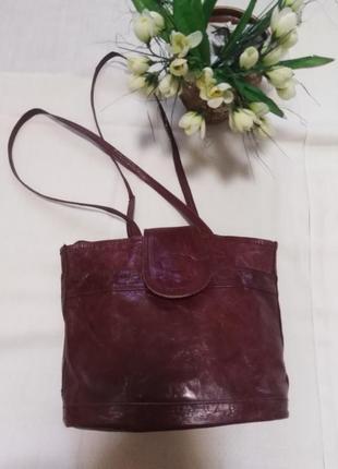 Кожаная сумочка vrai cuir в индийском стиле.