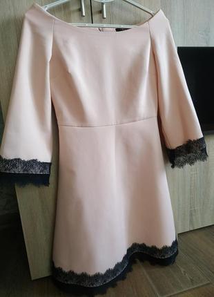 Чарівна сукня із спущеними плечима 💗