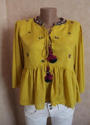 Блуза,нарядная с вышивкой...стильная оверсайз