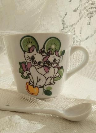Чашка с ложкой в упаковке с кошкой набор с котятами