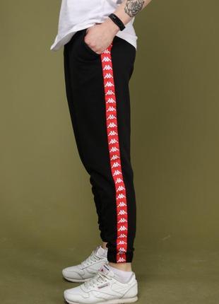 Штаны чёрные с красным лампасом карра
