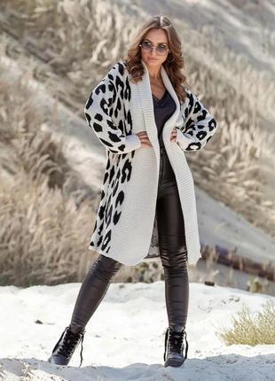 Теплое вязаное лепардовое пальто цвета льна украина
