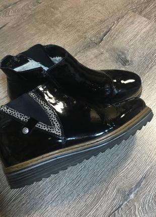 Утеплённые ботинки rieker 39р