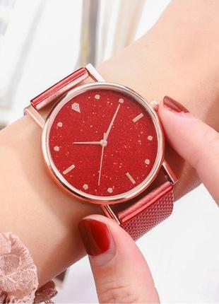 Часы наручные женские красные блестящий циферблат на силиконовом ремешке годинник