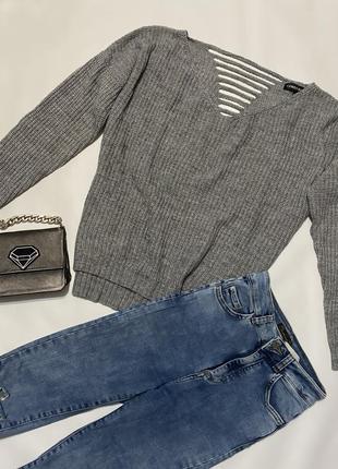 Крутой свитер oversize